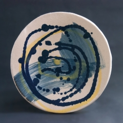 Blue and yellow spiral plate - small