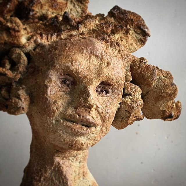 #Figurehead #clay #ceramics #sculpture #girl #stoneware #madeinengland #toasted #whatcolouristhis